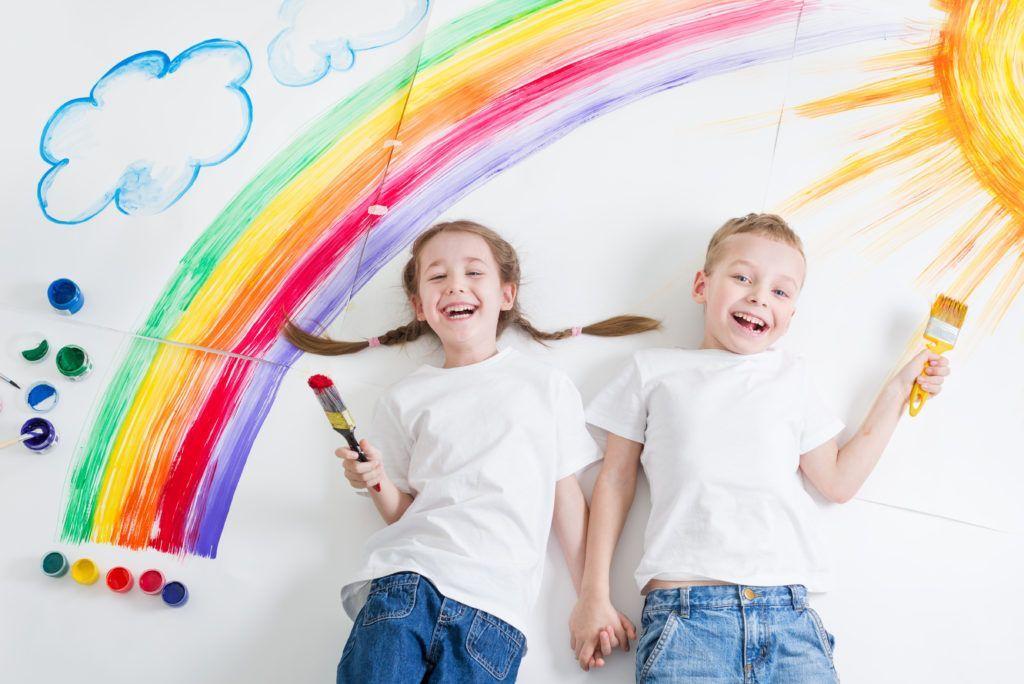 Fotolia 107651401 Subscription XXL 1024x684 compressor - Papierowe zabawy – jak zadbać o odpowiednią rozrywkę dla dziecka?