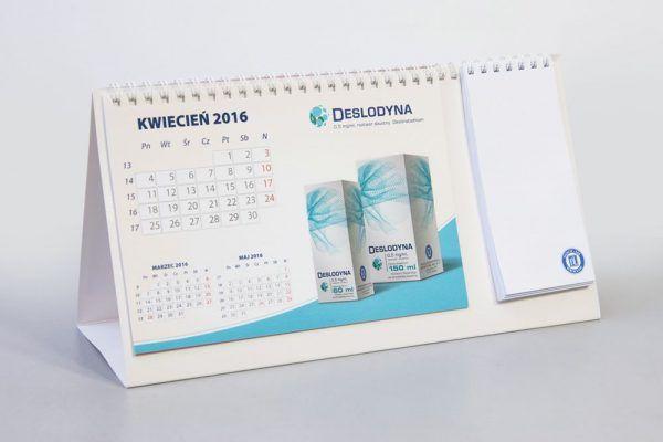 kalendarz biurkowy reklamowy 600x400 - Produkty