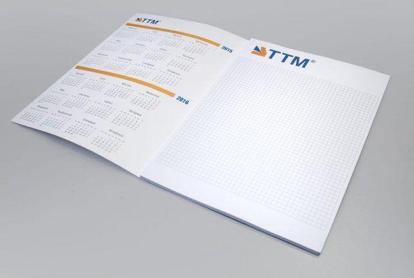 """notes z kalendarzem drukarnia 600x403 - Notesy firmowe - """"must-have"""" czy przeżytek?"""