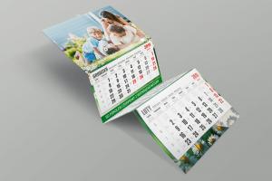 Kalendarz trójdzielny firmowy z wypukłą główką z rodziną na łące