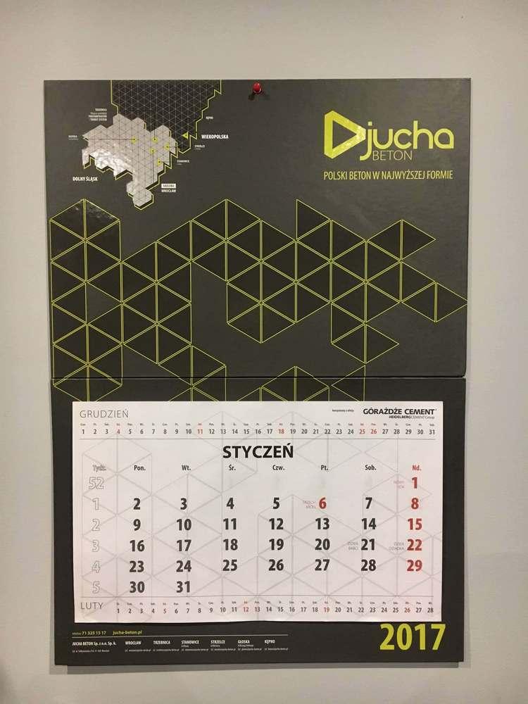 Kalendarz scienny na grubej tekturze firmy Jucha