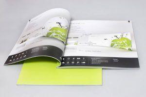 Katalog firmowy klejony kwadrat zywa zielen otwarty
