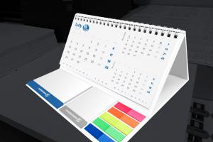Kalendarz biurkowy z notesem i karteczkami samoprzylepnymi